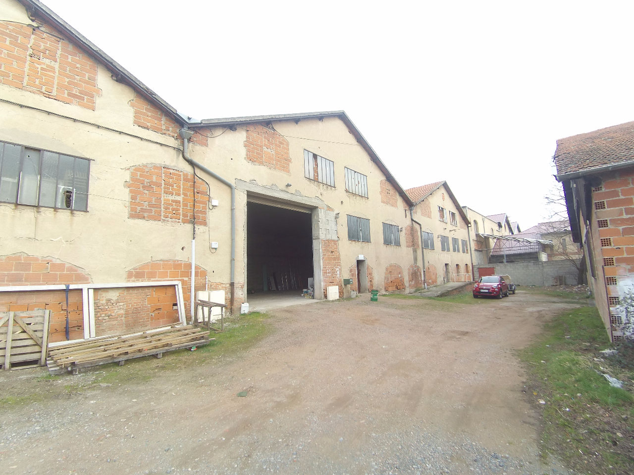 Entrepôt / local industriel Mably 523 m2